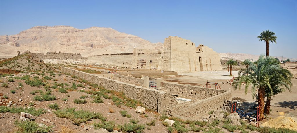 medinet habu temple tour