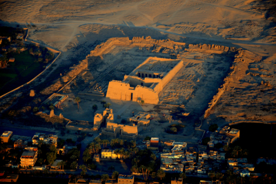 medinet habu temple tour 1
